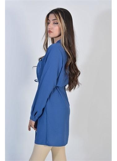 Zeren Kadın Mavi Belden Sıkma Düğmeli Tunik Mavi